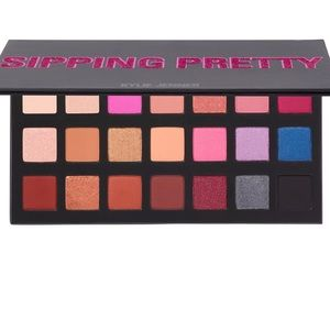 NWT Kylie Cosmetics Sipping Pretty Shadow Palette